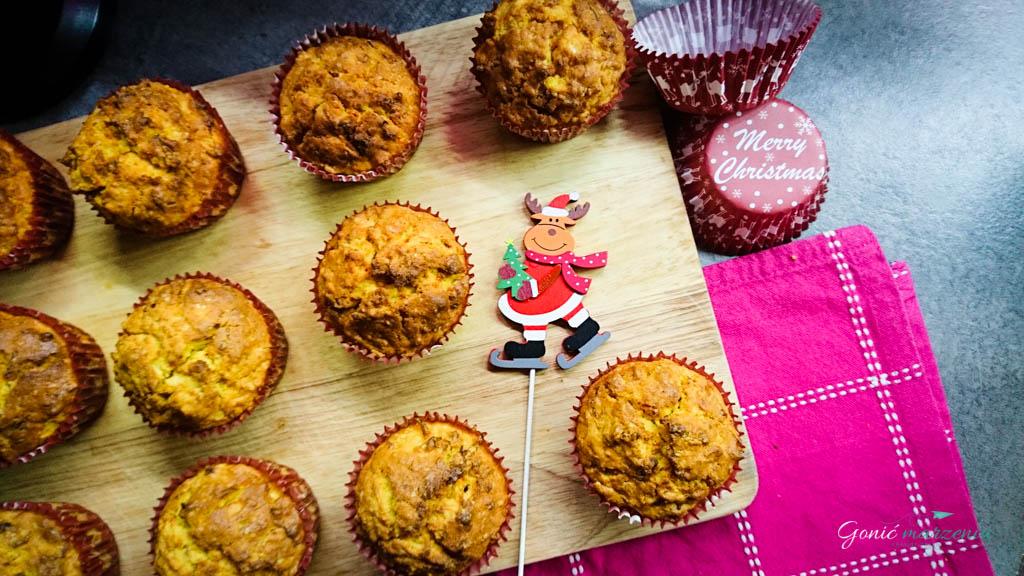 Świąteczne bezglutenowe marchewkowe muffinki